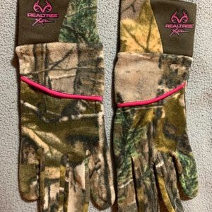 Real tree gloves